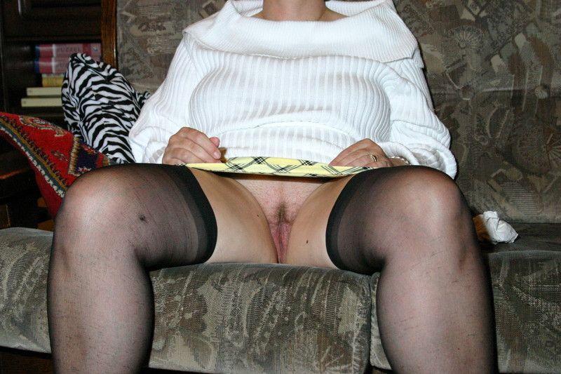 У бабушки под юбкой порно видео 70996 фотография