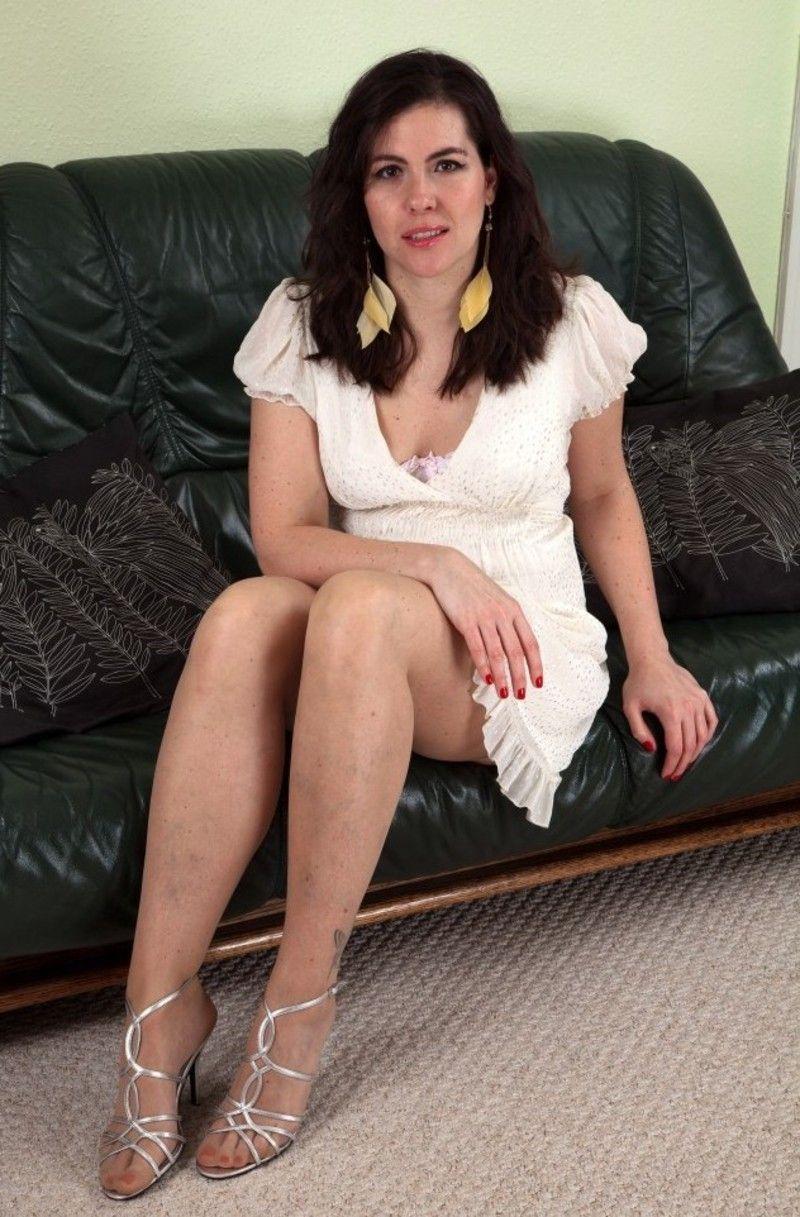 petites culottes et grosses chattes poilues photo ecartee foto cewek
